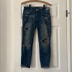 Zara Relaxed Fit Destroyed Boyfriend Jeans